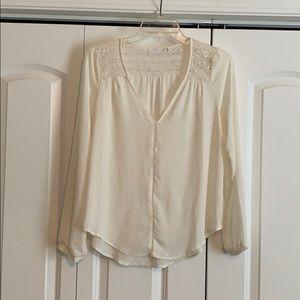 Ivory, long sleeve blouse.